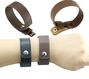 ประเทศจีน Fashion bracelet leather usb flash drive , 32GB real capacity memory stick ผู้จัดจำหน่าย